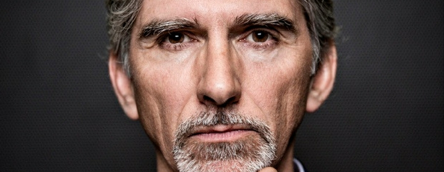Heswall bookseller in pole position with Damon Hill