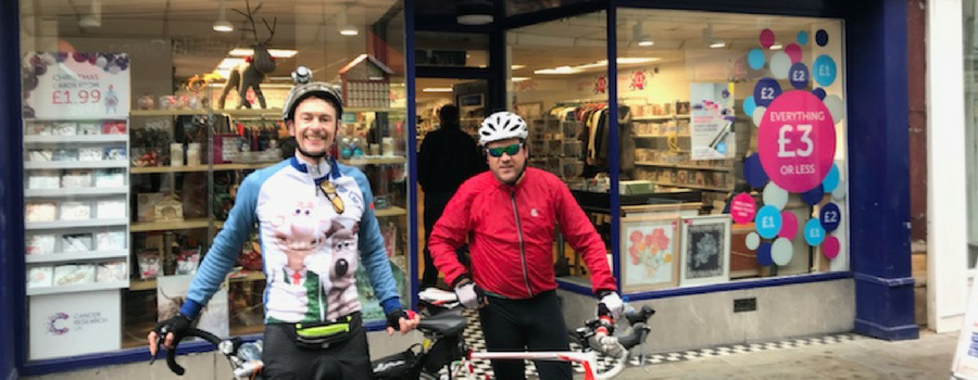 Heswall man gets on his bike for Cancer Research
